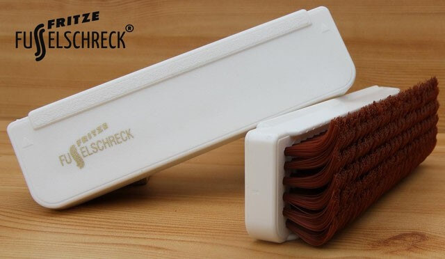 le-grand-fusselschreck-brosse-a-vetements-universelle?size=blanc-brun